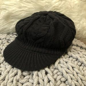 Accessories - 🔥4/$20🔥Black knit poor boy style hat